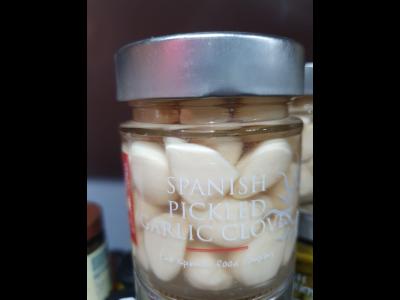 Delicioso Pickled Garlic